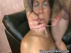 Black Ghetto Slut Throat Humped By White Guy