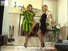 Laura&Alice pantyhose fuck movie