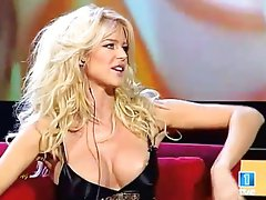 Victoria Silvstedt tits oops