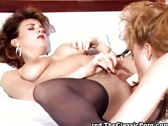 Girlfriends making each other cum