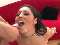 Emma Cummings gets a deep drill and facial cum