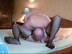 Mature couple makes a horny sex tape