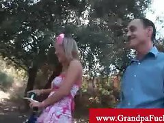 Jaelyn fox show old men something special