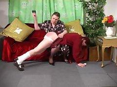 mum&amp,#039,s knee
