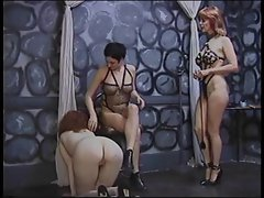 Shackling sexy newbie to dominate into lesbianism