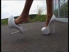 TAMIA - Plateau High Heel (Public Highway)