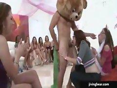 Dancer Gets Dick Sucked