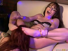 Dana DeArmond gets her fresh meat snacked by a wild lesbian lover on the couch