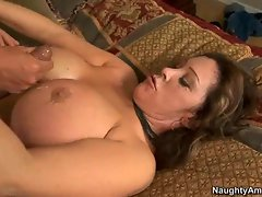 Slutty momma Kandi Cox gets creamed with fresh man's goo and loved it