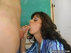 Burning hot Arianna LaBarbara gives head to a lucky stud in her classroom