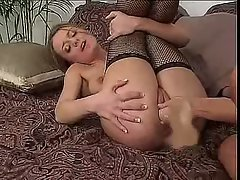 Denice K spreads her gash and enjoys a pussy reaming from girlfriend