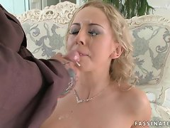 Mandy Dee gets an amazing load of warm jizz squirted on her face