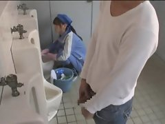 asian fuck in toilet