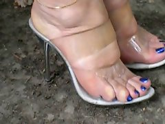 Feet 12 (High Hells)