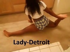Hot Black Girl Isabella Rahman does an Ass-Shaking Dance