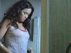Alice Braga - Solo Dios Sabe 01