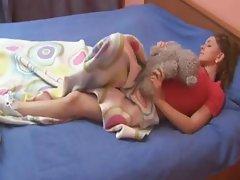 Sleepy teenie rubbing her sleepy cunt