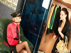 Dyke mistress punishes slave