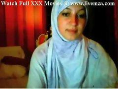 Pakistani College Student Nude On Cam @ www.livemza.com
