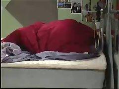 BB 2006-04 23 Jessica RobinCoverPullAway