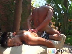 Gayroom hot buff stud fucked by another hard cock !