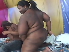 Big beautiful black woman loves to get fat pussy drilled
