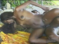 Island girl ebony babe gets the black bone