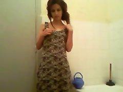 Me solo bathroom arab beurette