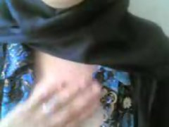 arab girl shows her pussy to her boyfriend and he finger it