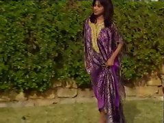 Indian Hottie Rashneen Kerim - Koram Outdoor Sex