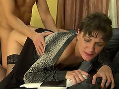 Nasty milf finds pleasure from seducing a muscle stud into mighty...