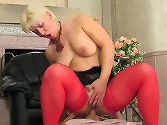 Mature chick playing sixty-nine games before fucking in doggystyle...
