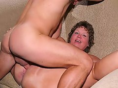 Big and horny mature bbw Tia Davis managed to lure a much younger guy...