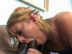 Desire Moore is a hot blonde farmgirl from Mississippi. Shes visiting...