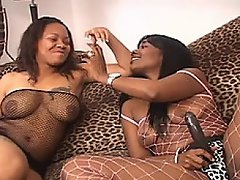Ebony babes Persuajon and Beauty Dior get zoned with a little ganga...