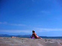 nice ass on the nudist beach