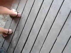 Public Feet 124