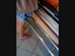 Feet in a baker&amp,#039,s shop - Fuesse beim Baecker