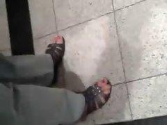 Public Feet 136
