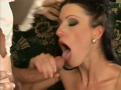 Nikki Rider open her mouth to have a warm cum