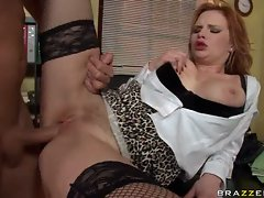 Hottie Tarra White gives her service to a hot guy