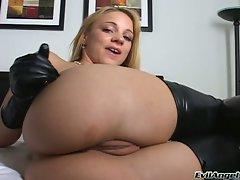 Kirra Lynne hot blonde on leather stockings