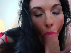 Sexy hot amateur wraps red lips around big fat cock