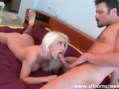 Bimbo babe loves big cock in her vagina