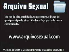 Safadinha chupeteira querendo na buceta 3 - www.arquivosexual.com