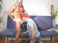 Shaved head str8 Latino muscle boy fucks my face