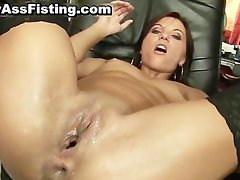 Horny whore gets her gaping asshole