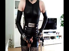 Sissy sexy in leather 3