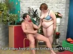 Fat ugly redhead sucks the florist's cock and gets free flowers