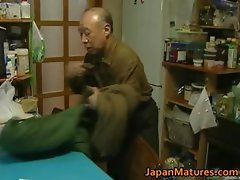 Japanese MILF enjoys hot sex part3